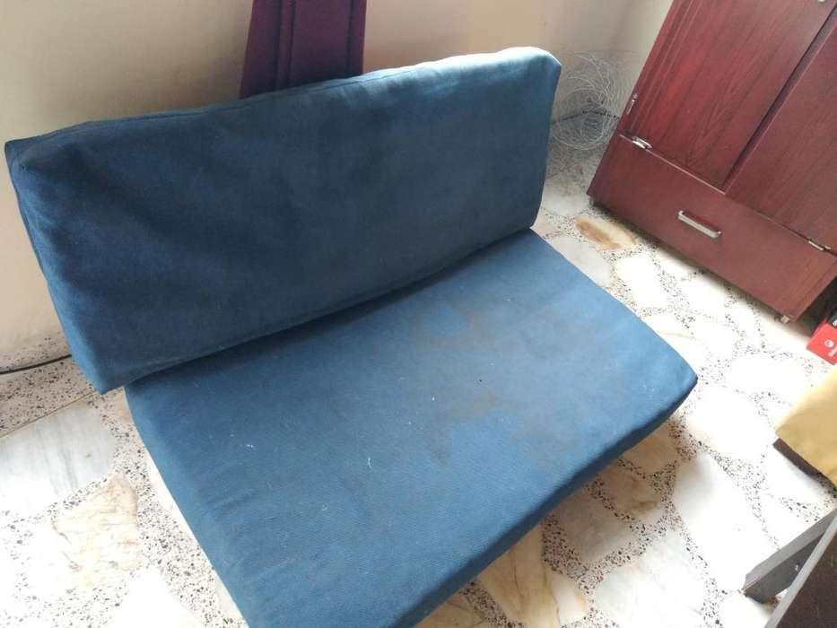 Sofa reclinable en 80.000