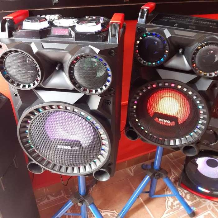 Equipo de Sonido Cajas Amplificadas
