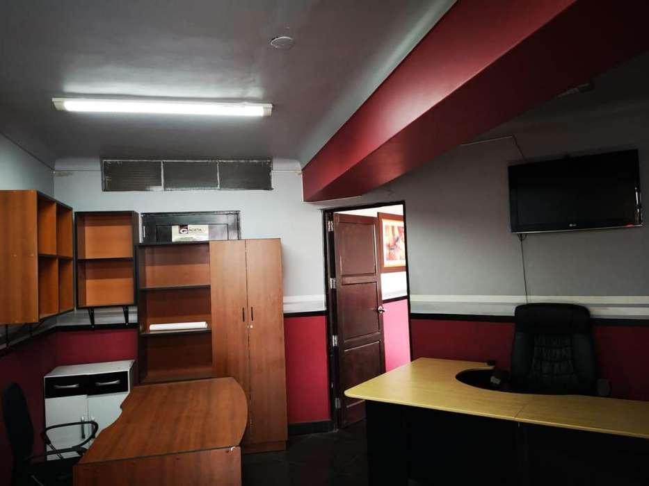 Se alquila Oficina amplia en centro de Trujillo