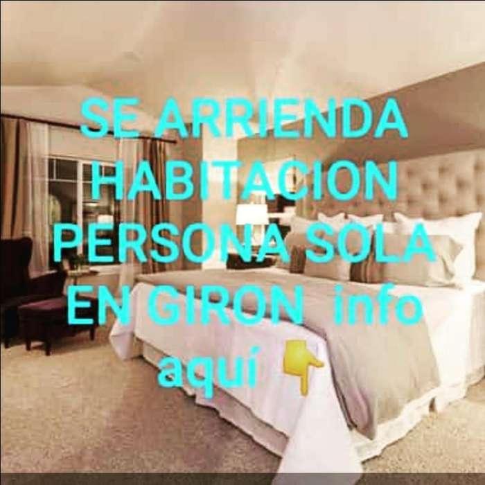Habitacion en Giron (personasola) Mujer