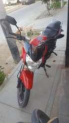 Vendo Moto Premier Motor 200