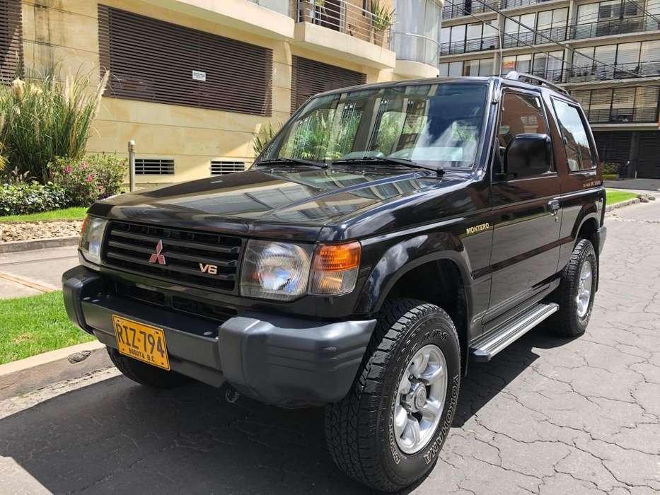 Mitsubishi Montero 2011 - 69100 km