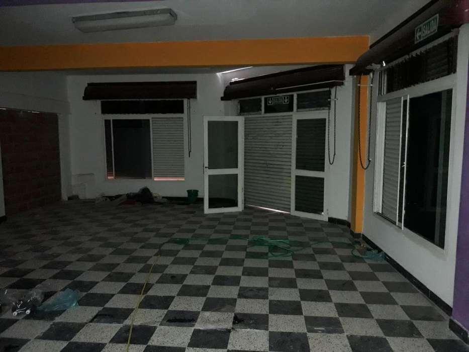 Alquilo salon comercial 63 mts 2 baos