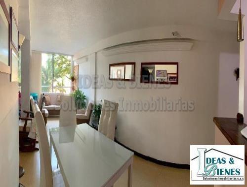Apartamento En Venta Medellín Sector Loma Los Bernal: Código 855778
