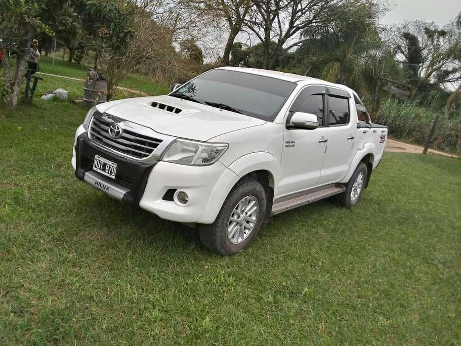 Toyota Hilux 2012 - 145000 km