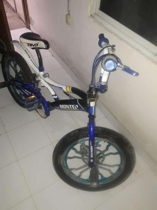Bicicleta de Salto Marca Monter
