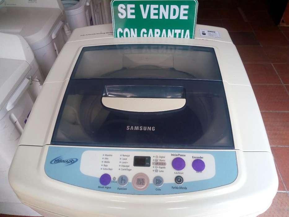 Vendo Lavadora Samsung de 18 Lb