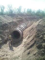 Córdoba, Excavadora 20 tns sobre orugas alquilo TE 3516474637, movimientos de suelos
