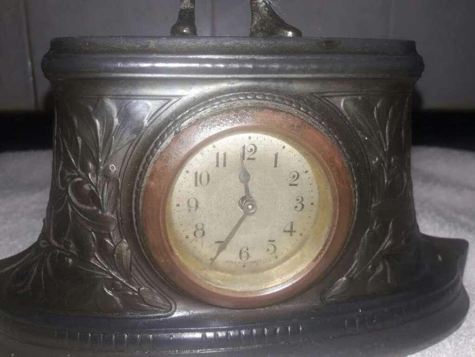 Antiguo Reloj Aleman J.kaiser