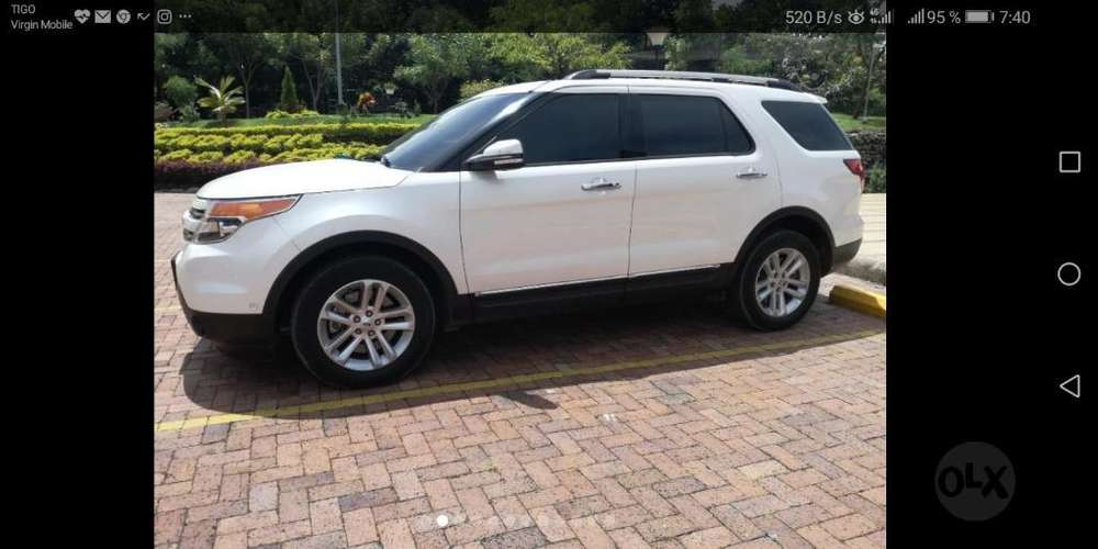Ford Explorer 2014 - 60000 km