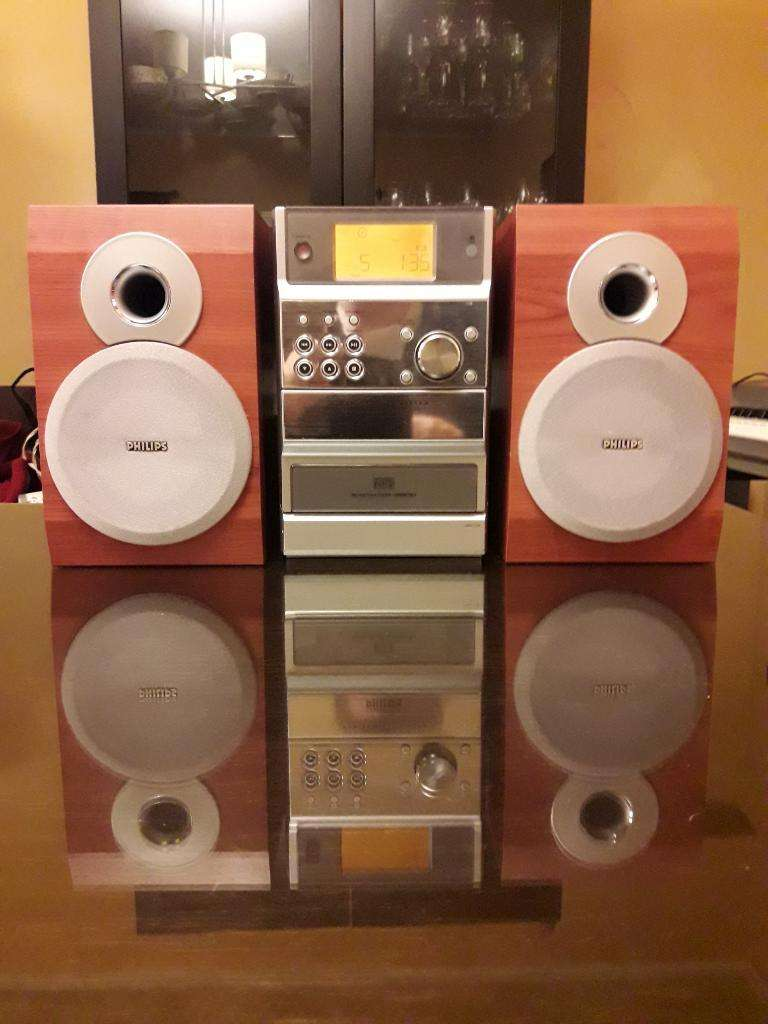 Phillips Mcm190 Micro System. Mp3 Cd