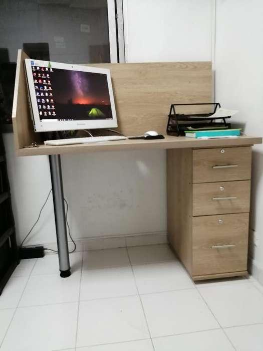 Se Venden 3 <strong>escritorio</strong>s de Oficina