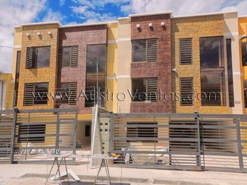 REMATO Edificio de 4 Departamentos Nuevo