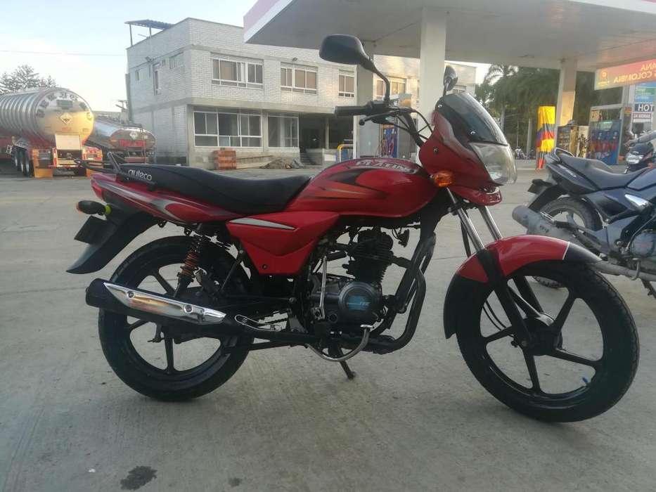 Vendo motocicleta Platino 100 SOAT y tcnico mecnica hasta 29 dicie