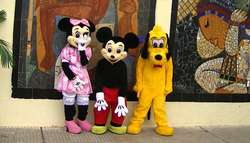 Alquiler disfraz cabezon de Mickey 3624512585