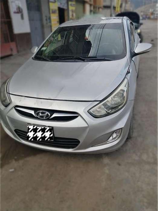 Hyundai Accent 2011 - 130000 km