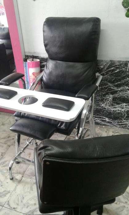 Vendo <strong>silla</strong> de Manicur Y Pedicur