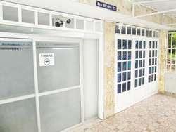 Habitación equipada UNIVERSITARIOS HOMBRES ALQUILER MENSUAL con SERVICIOS WI FI Tv LCD tv cable Cama BARRIO CANEY