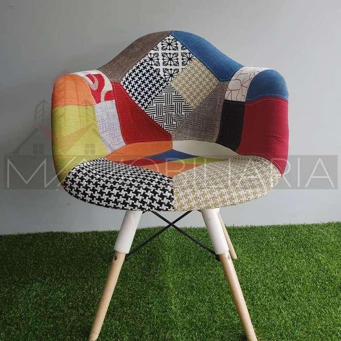 Silla Eames Con Apoyabrazos Multicolor Tapizada