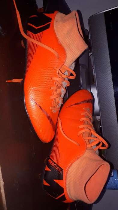 Vendo Botines Nike Impecables Talle 42