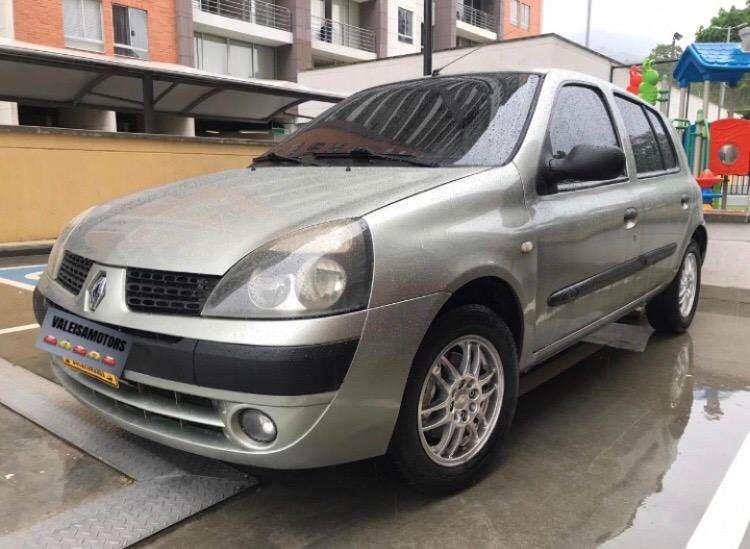 Renault Clio  2004 - 128000 km