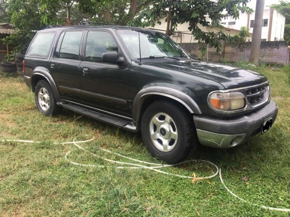<strong>ford</strong> Explorer 2001 - 390000 km