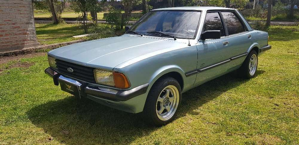 Ford Otro 1980 - 89452 km