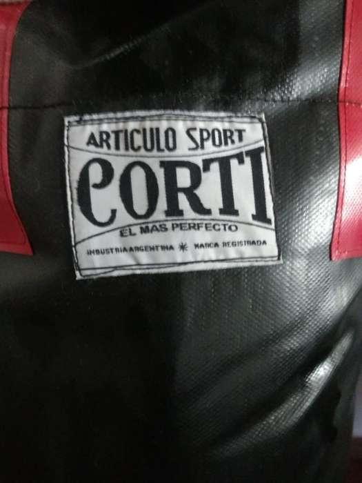 Bolsa de Boxeo Corti Impecable