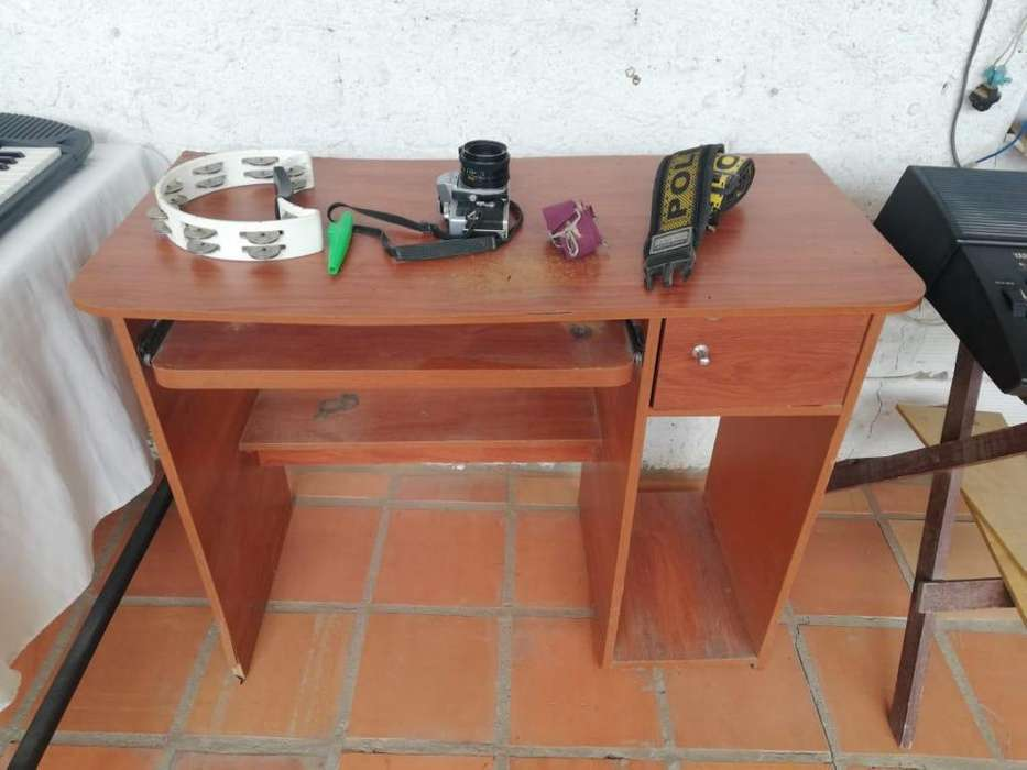 Mesas para computador y funcional