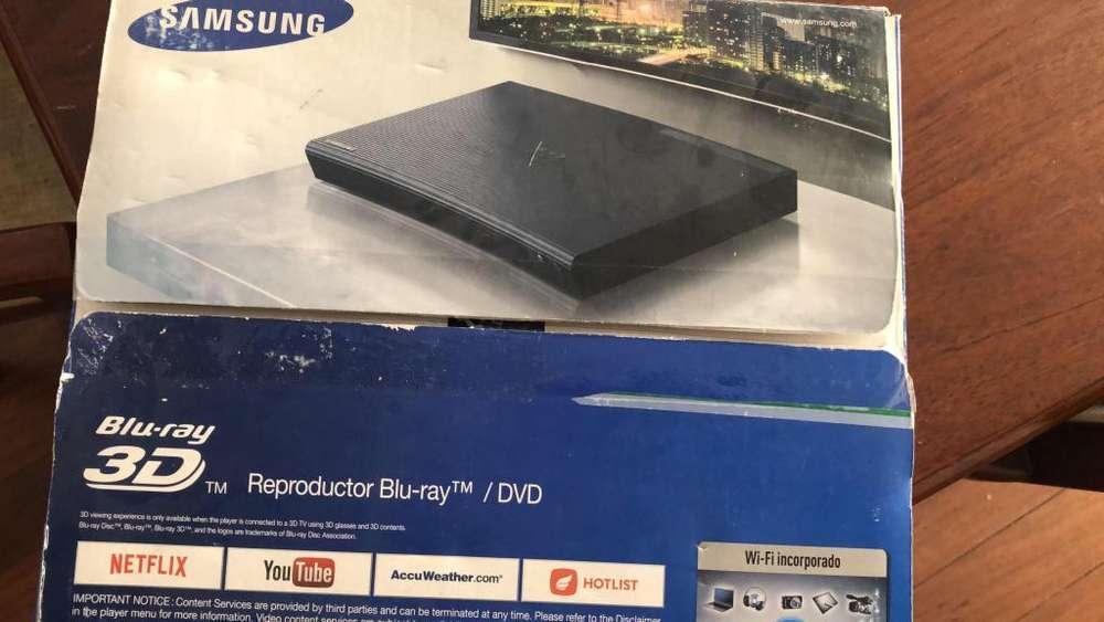 Samsung BDJ5900 3D Bluray Player/DVD Player with WiFi