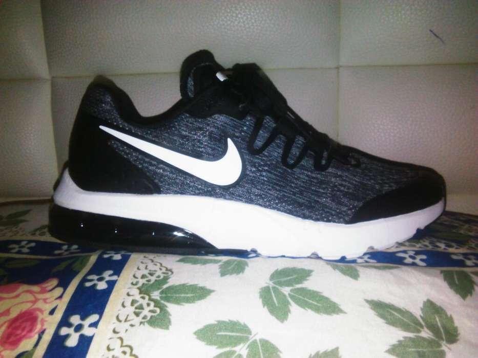 Zapatos Nike Talla 40 Y Medio