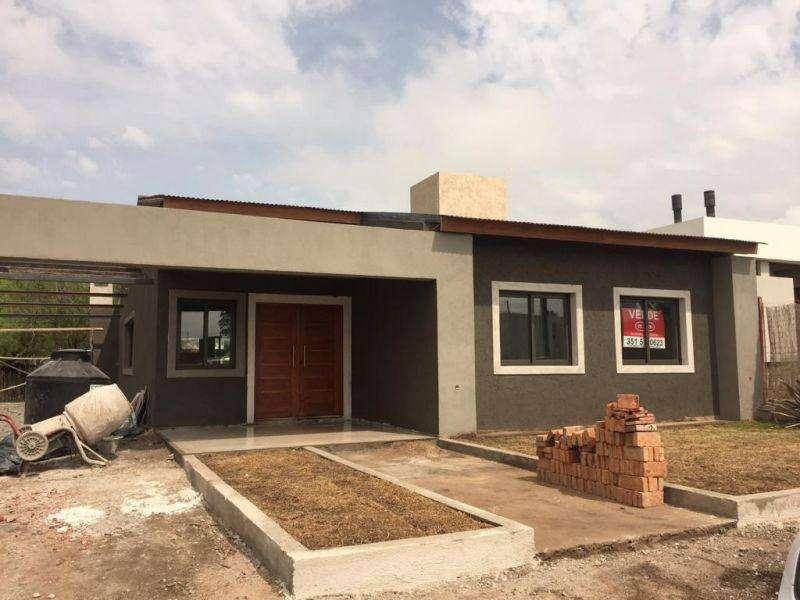 Casa en Venta en Pajas blancas, cordoba US 180000