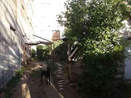 Casa Fondo en venta en Castelar Sur