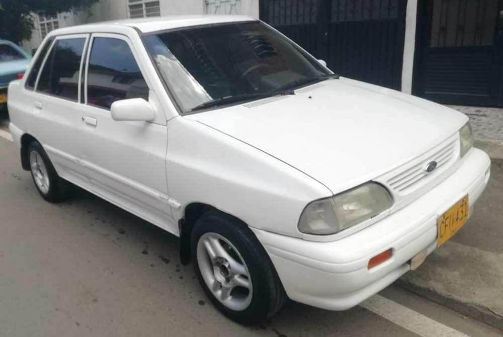 Ford Festiva 2000 - 165000 km