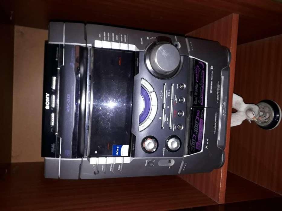 Minicomponente Sony MHC-DX8
