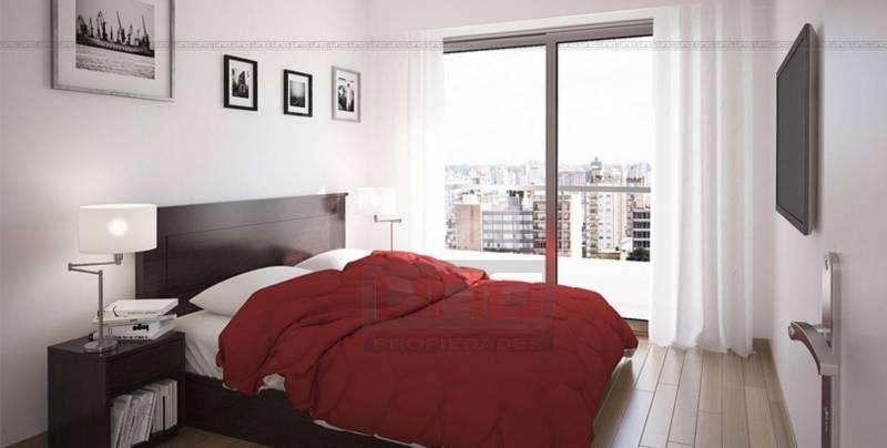 San Martín y Tucumán - Amplio Dpto de 2 Dormitorios Externo. Posibilidad cochera. Vende Uno Propiedades