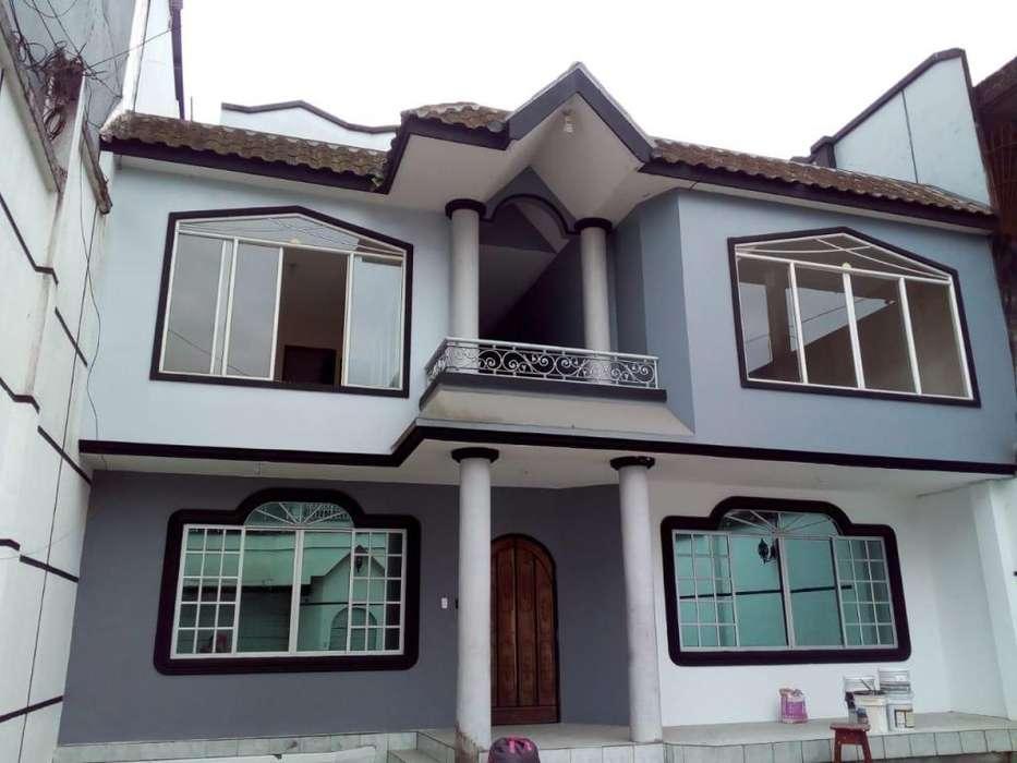 Alquilo Casa completa en Santo Domingo de los Tschilas