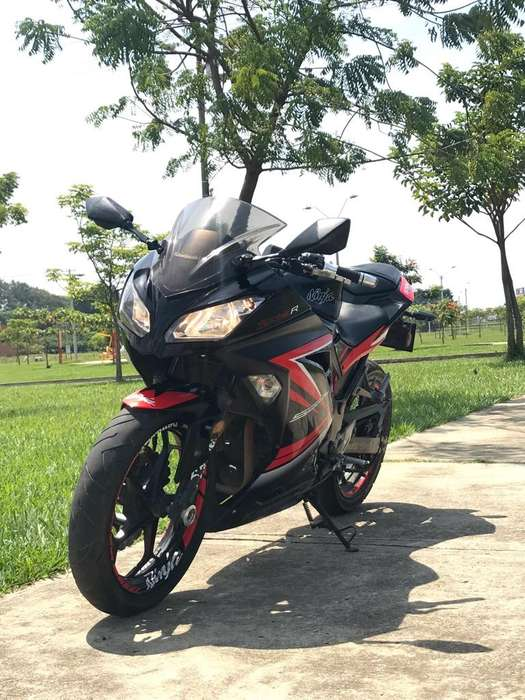 <strong>kawasaki</strong> Ninja 300
