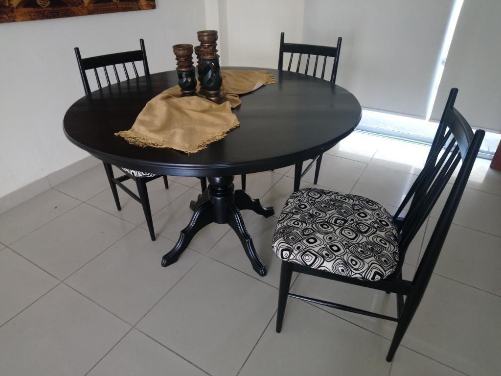 Vendo Mesa de Comedor Y 3 Sillas - Guayaquil