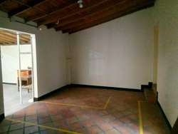 Casa-Local En Arriendo En Medellin Laureles Cod. ABMER205269
