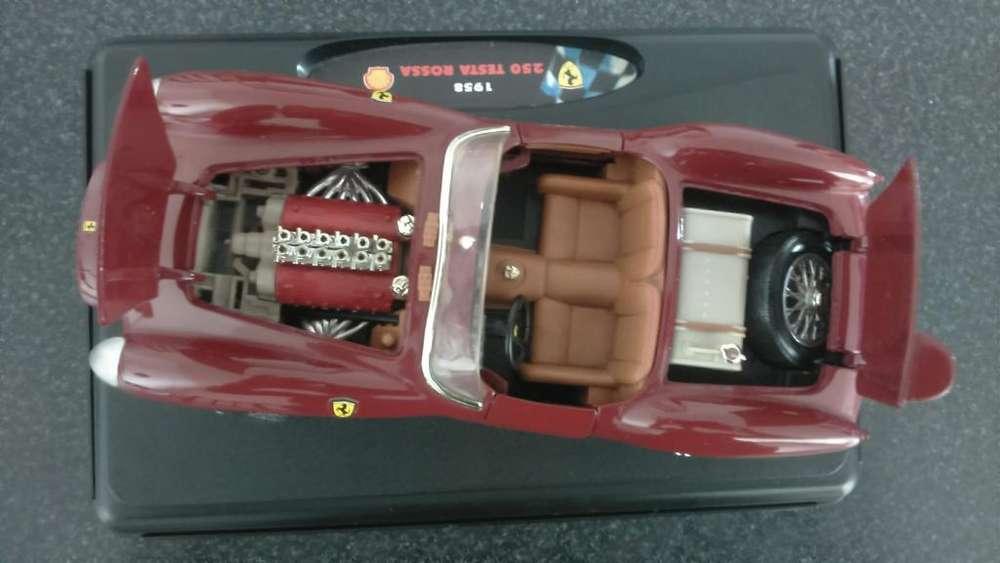 Auto Colección Escala 1:18 Ferrari 1958 Testa Rossa