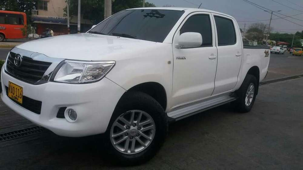 <strong>toyota</strong> Hilux 2012 - 119600 km