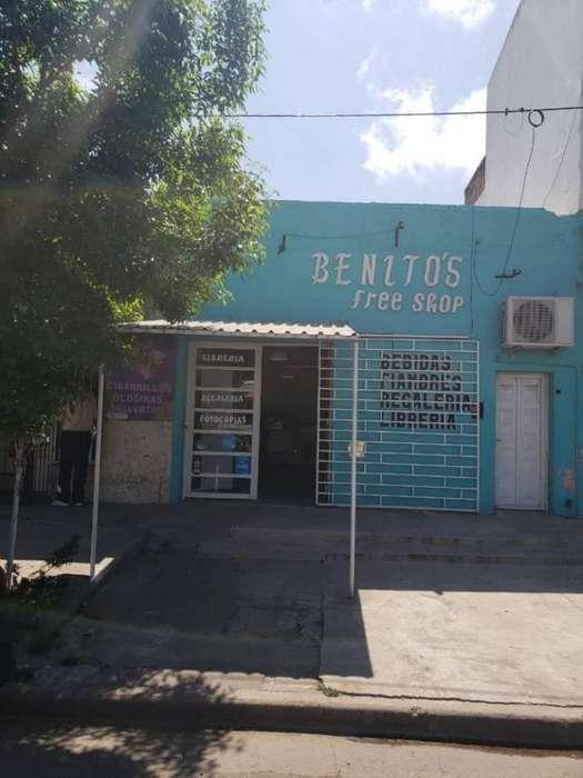 Vendo local comercial con baño en Villa Constitución, Santa Fe.