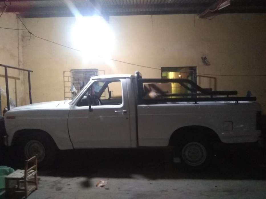 <strong>ford</strong> F-100 1985 - 11111111 km