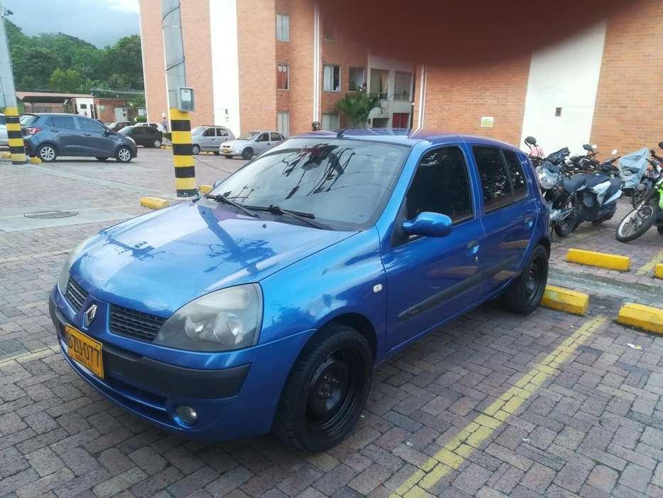 Renault Clio  2007 - 123000 km