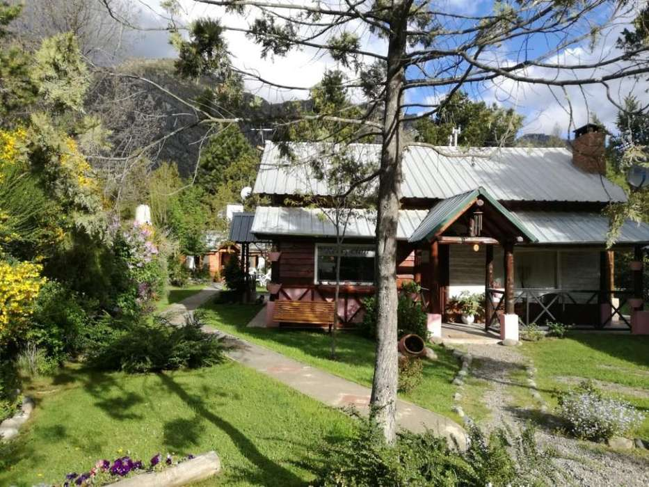 dg21 - Cabaña para 2 a 5 personas con cochera en Lago Puelo
