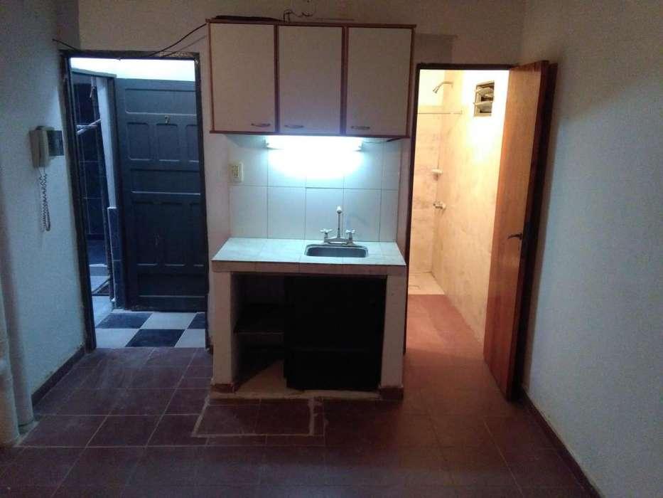 MONOAMBIENTE, MENDOZA 1.293 (RESISTENCIA), P.B, INTERNO, S/EXP, 4.500 más servicios,18 m2, termotanque, lugar lavarr.