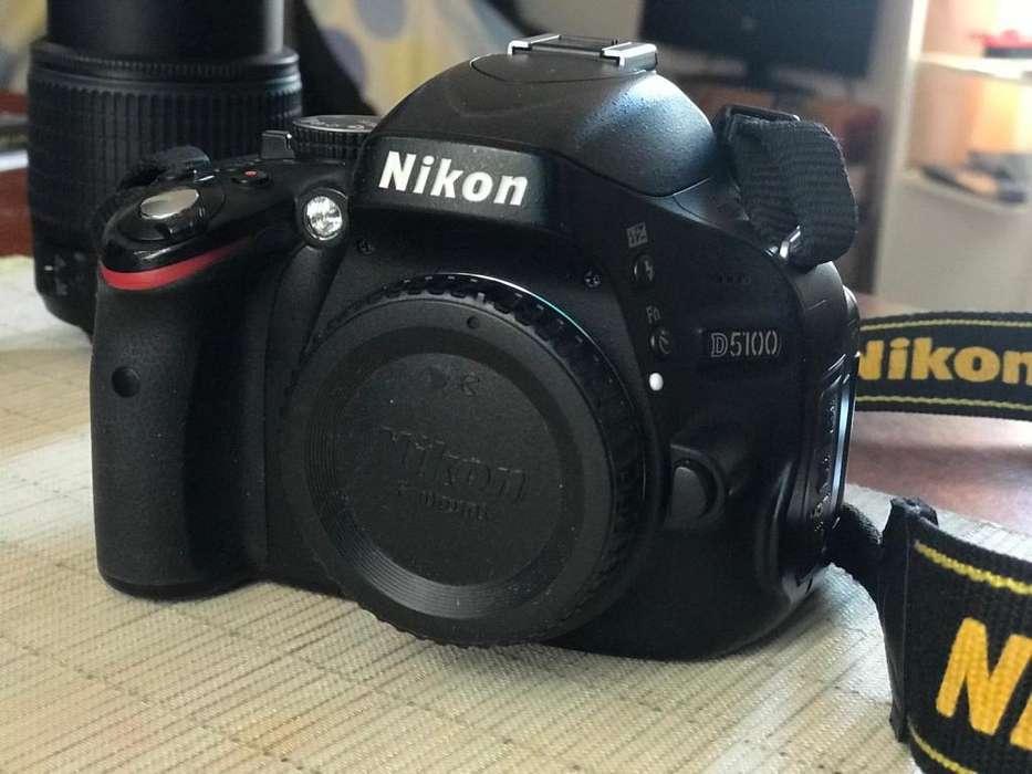 Cámara NIKON D5100 mas lente 18 55
