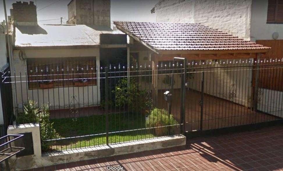 OPORTUNIDAD CASA 3 dormitorios