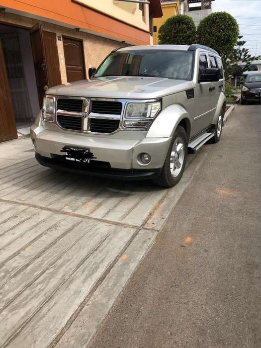 <strong>dodge</strong> Nitro 2008 - 130000 km